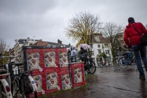 6. R000032.Amsterdam bij regen.jpg